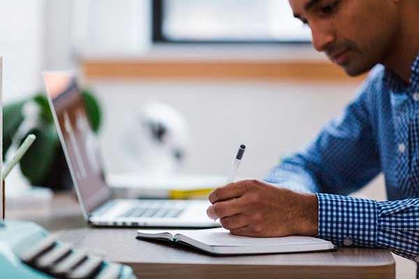 Cursos Universitários Online